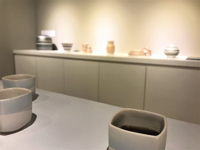 Kiyoe Niseko Gallery Hirafu Kutchan Ceramics And Coffee Event Coffee With More Displays In The Background
