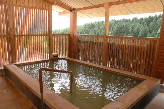 Open Air Onsen Outdoor Pool Rotenburo Alpen Hotel Niseko