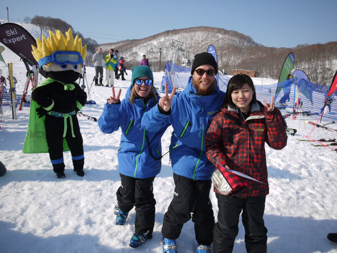 GoSnow instructors - Niseko, Japan