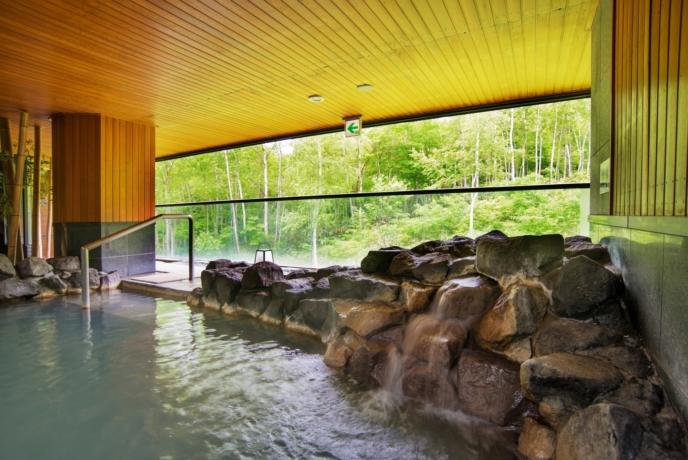 One Niseko Resort Towers Summer Rotenburo Onsen