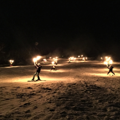 Torchlight-skiing