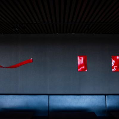 An Dining Red Sculptures Lr 817