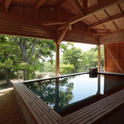 Weiss Hotel Onsen Outdoor Rotenburo Pool Summer 7