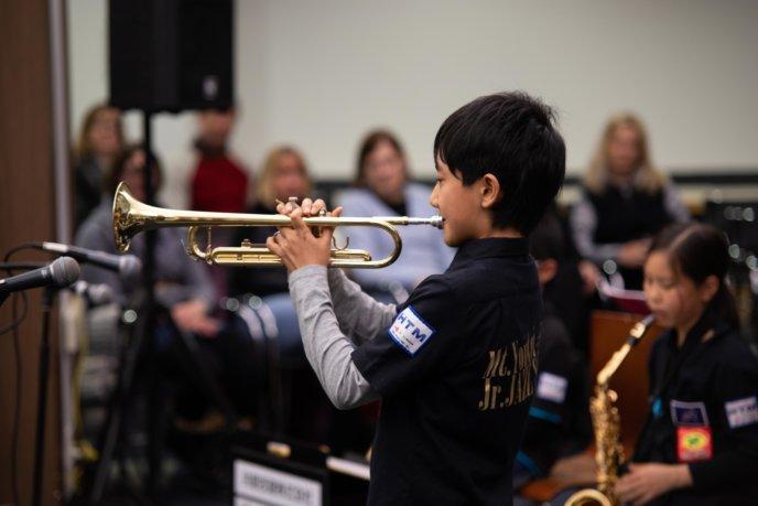 Jr Jazz Band Lr 9553