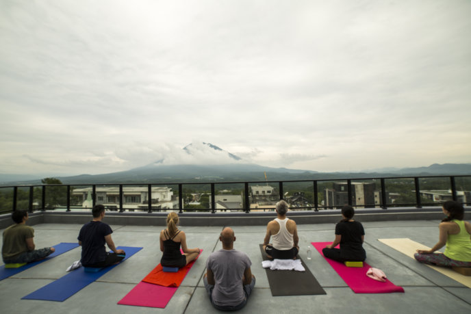 Yoga Aram 1